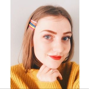 boutique Accessories - 🌈 5 Neon Hair Pins